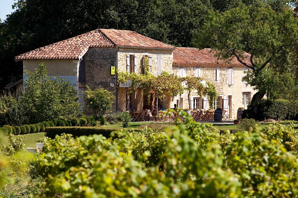 © Collection Tourisme Gers/L'Auberge de Larressingle/Maxim Piétri